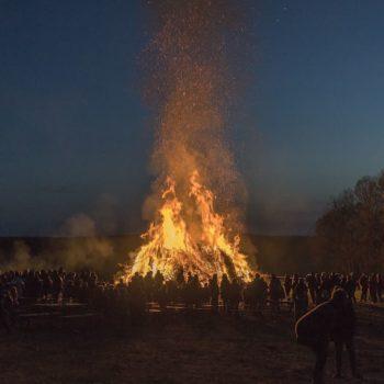 Hexenfeuer auf dem Wachtberg in Ottendorf; Harry Blumentritt