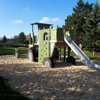 Themenspielplatz Landwirtschaft in Etzdorf